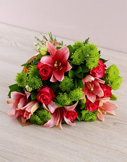 anniversary: Lily and Rose Bouquet!