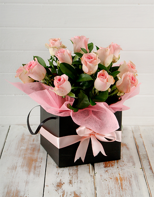 in-a-box: Pink Roses in a Black Box!
