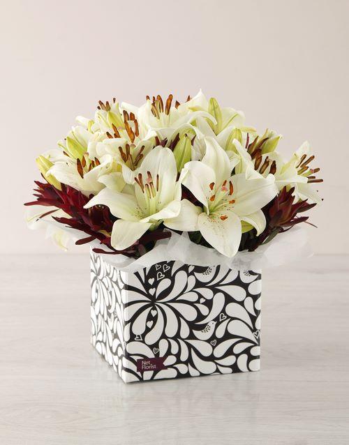 colour: White Asiflorum Lily Box!
