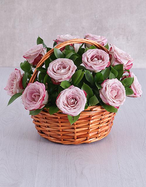 apology: Variegated Rose Basket!