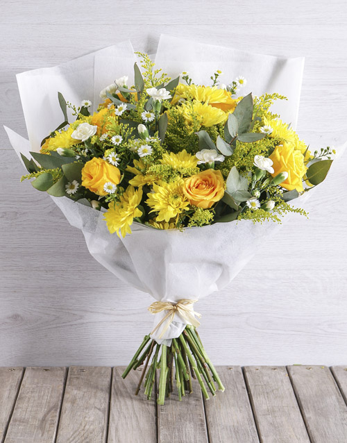 bouquets: Burst of Yellow !