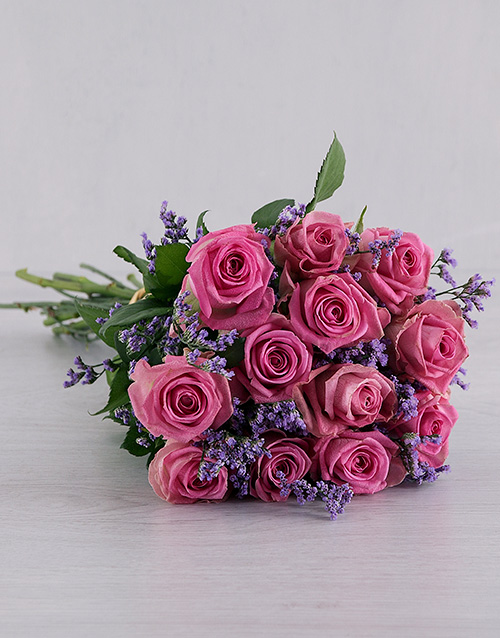 anniversary: Pink Roses Wrapped in Grey!