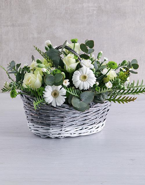easter: Wonderful White Flower Basket!