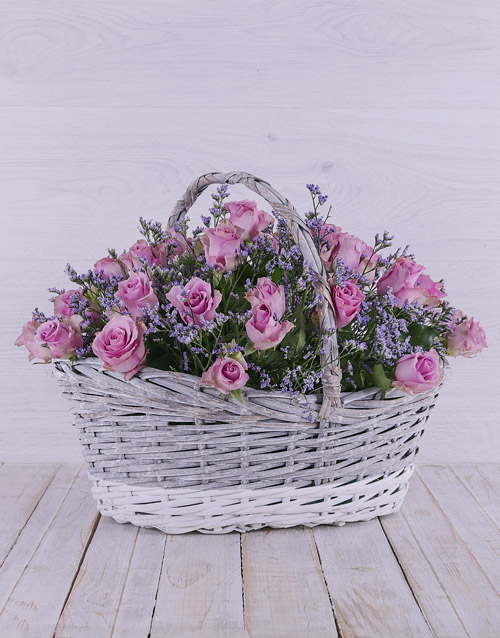 flowers: Dreamy Lilac Roses in Willow Basket!