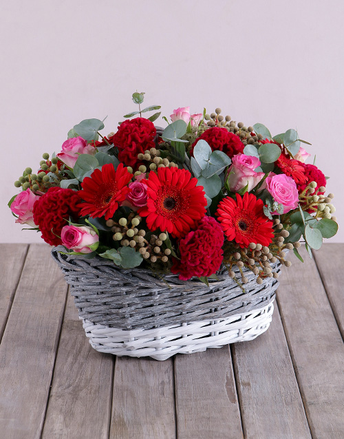 colour: Red Touch of Pink Basket!