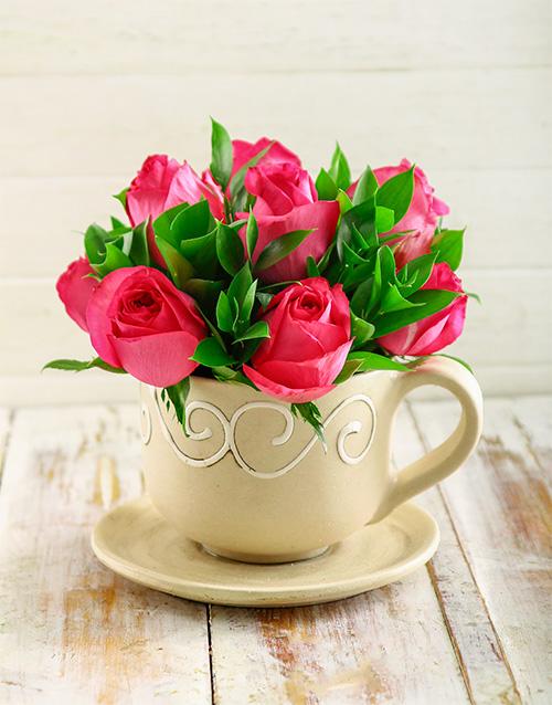 colour: Cerise Roses in a Teacup!