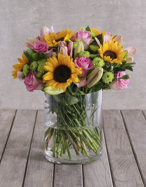friendship: Bright Mix of Sunflowers in a Large Glass Vase!