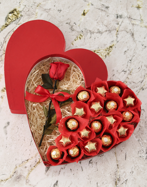 roses: Box Of Hearts With Preserved Rose!