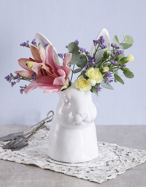 grandparents-day: Mixed Flowers in Hopping Ceramic Vase!