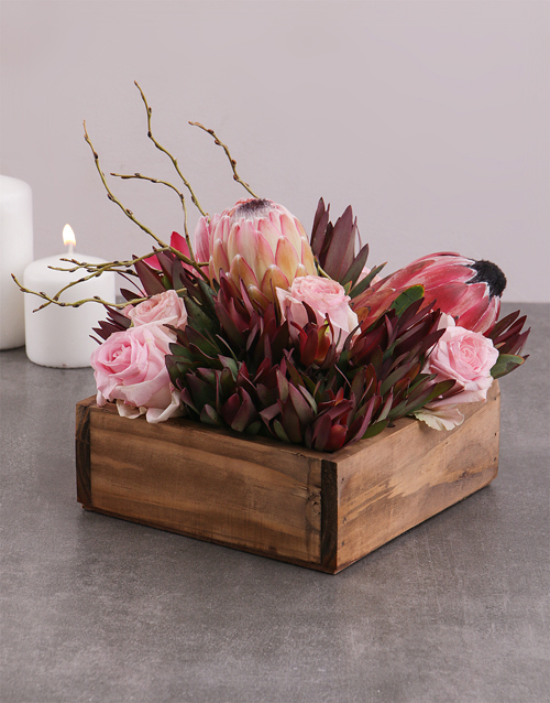 colour: Mixed Proteas and Roses in Crate!