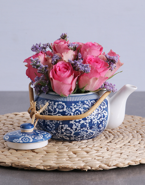 anniversary: Pink Roses in a Delft Teapot!