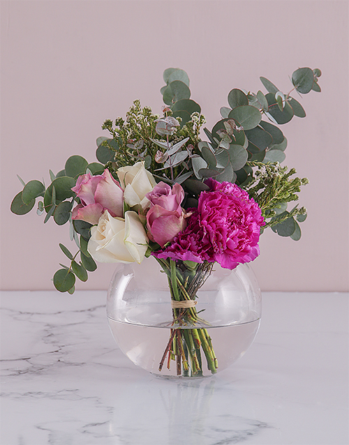 colour: Rose Duo in a Glass Bowl!