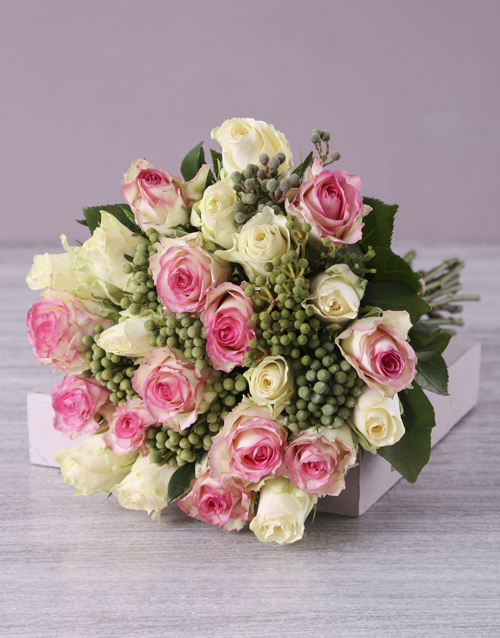anniversary: Pink and Cream Rose Bouquet in Hessian!