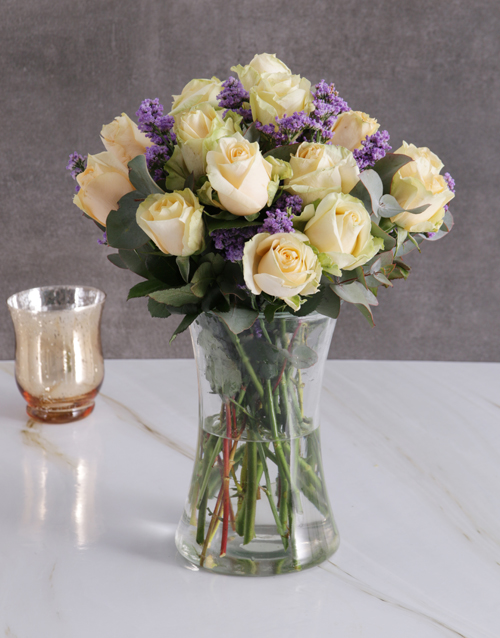 anniversary: Cream Roses In Clear Vase!