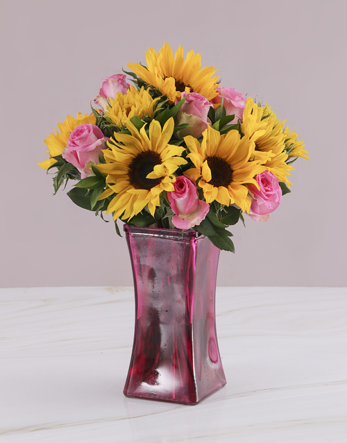 colour: Pink Rose and Sunflower Vase!