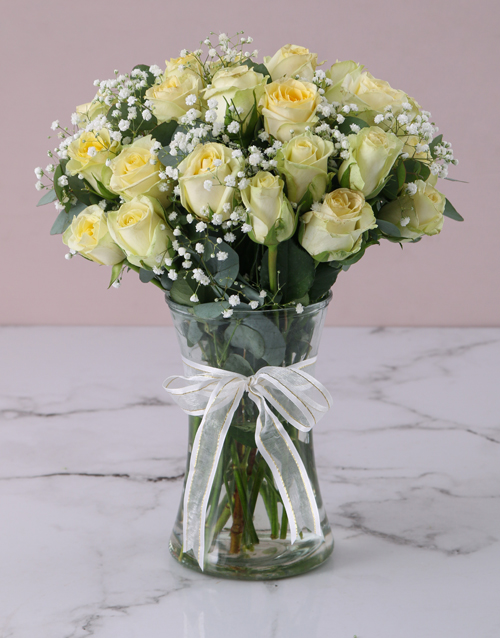 anniversary: Showstopping Cream Roses!