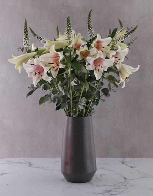 colour: St Joseph Lilies in Black Vase!