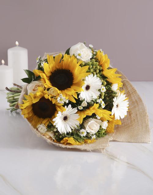 colour: Sunflower Hessian Wrapped Bouquet!
