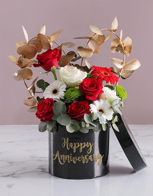 anniversary: Anniversary Mixed Flowers In Hat Box!