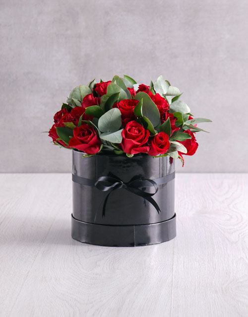 colour: Black Box of Red Roses!
