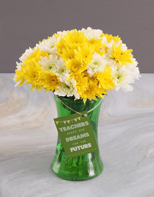 daisies: Teachers Day Sprays Surprise In Vase Gift!