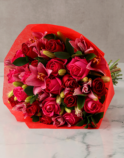 colour: Pink Lilies and Red Roses Arrangement!
