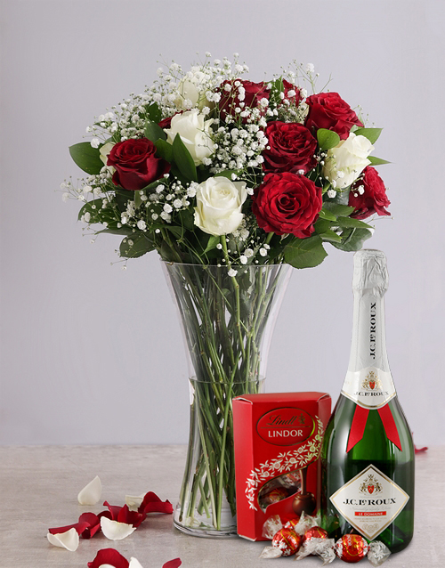 anniversary: White and Red Rose Regal Gift!