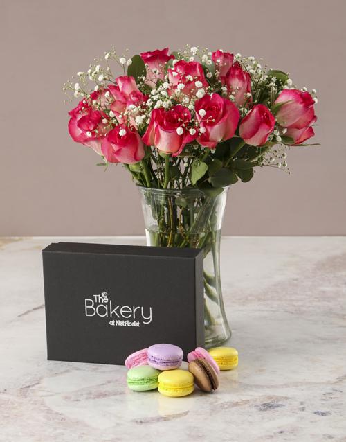 vase: Romantic Pink Rose Arrangement!