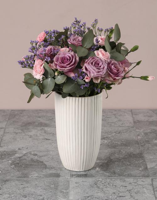 coloured-vases: Graceful Splendour Mixed Arrangement!