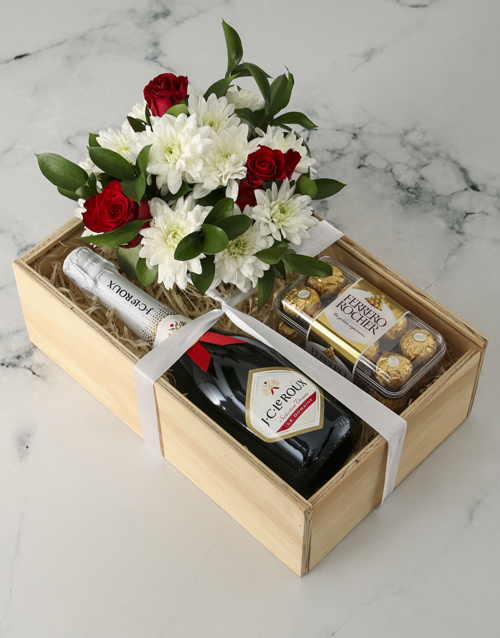 colour: The Perfect Combo Rose Crate!