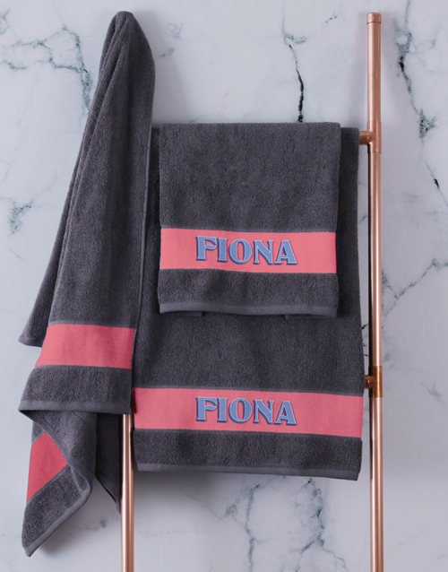 christmas: Personalised Bold Print Charcoal Towel Set!