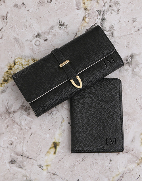 christmas: Personalised Black Purse with Passport Holder!