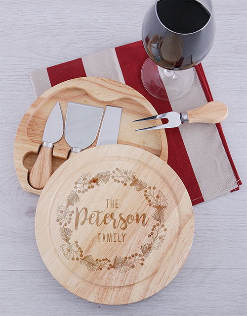 homeware: Personalised Round Family Cheeseboard and Knives!
