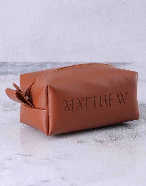 christmas: Personalised Brown Mens Luxury Wash Bag!
