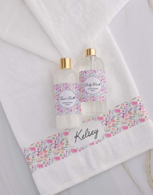 christmas: Personalised Floral White Towel Set!