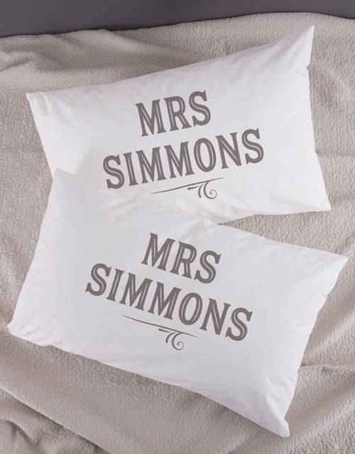 christmas: Personalised Retro Mr & Mrs Pillowcase Set!
