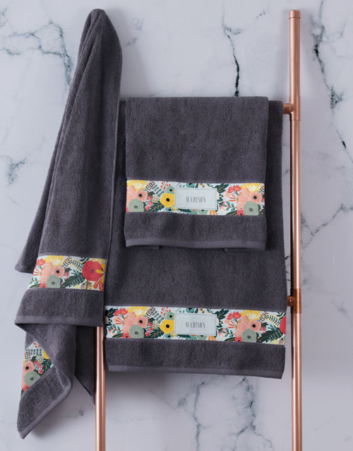 christmas: Personalised Bright Floral Charcoal Towel Set!
