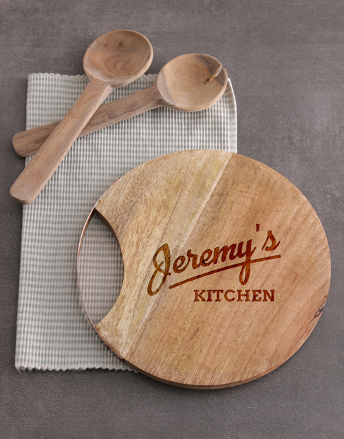 homeware: Personalised Kitchen Round Chopping Board!