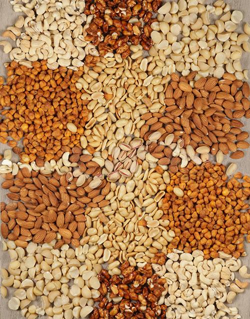 gourmet: Generous Mixed Nuts Snack Hamper!