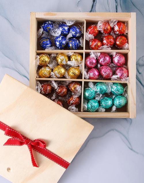 year-end: Lindt Chocolate Treasure Box!
