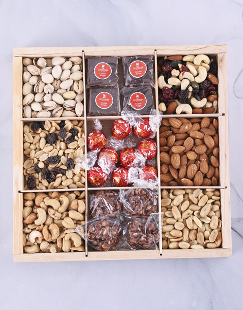 bosses-day: Ultimate Nuts About Chocolate Snack Crate!