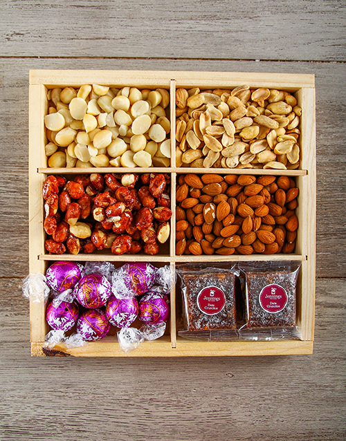 halloween: Nutty Munchies Snack Crate!