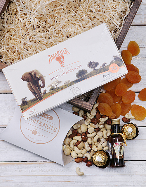house-warming: Amarula Snack Crate!