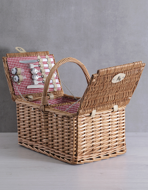 year-end: 4 Person Red Picnic Basket!