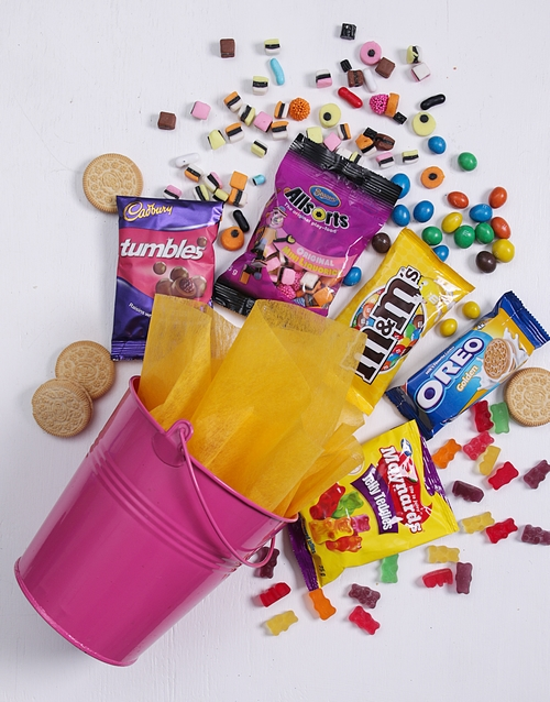 fathers-day: Pink Bucket of Sweet Treats!