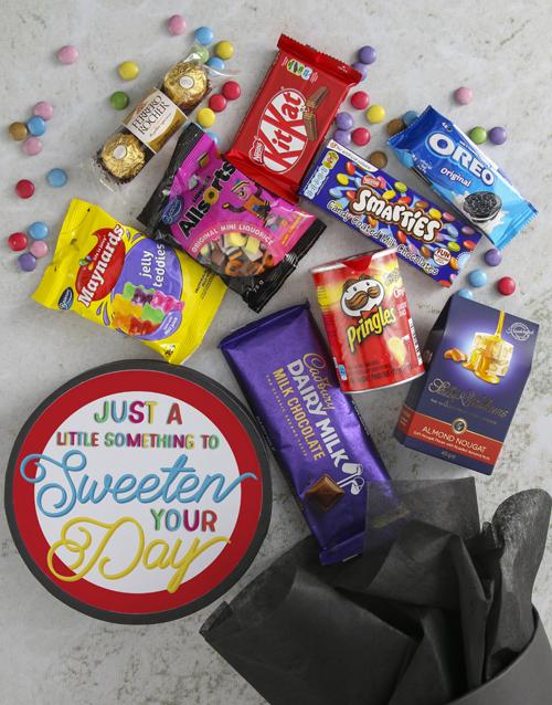 gourmet: Sweeten Your Day Sweet Hat Box!