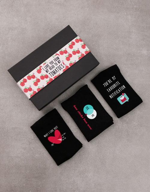 apparel: Set of Love Socks!