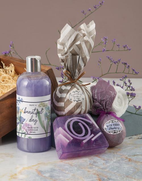 christmas: Beautiful Day Purple Bath Hamper!