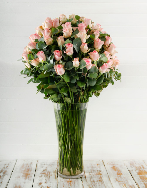 anniversary: 100 Pink Roses in a Tall Glass Vase!