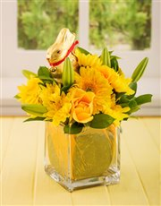 Picture of Easter Lindt Bunny in a Glass Vase!